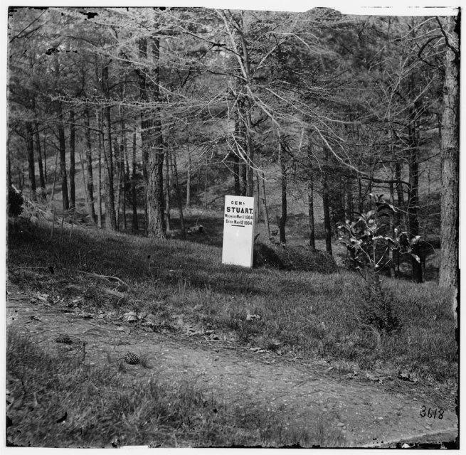 Alexander Gardner (1821-1882). '[Richmond, Va. Grave of Gen. J. E. B. Stuart in Hollywood Cemetery, with temporary marker]' Richmond, April-June 1865
