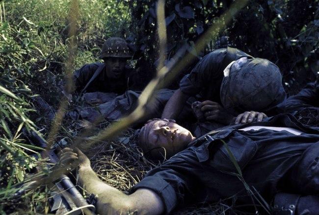 Gilles Caron. 'Battle of Dak To, Vietnam, November 1967' 1967