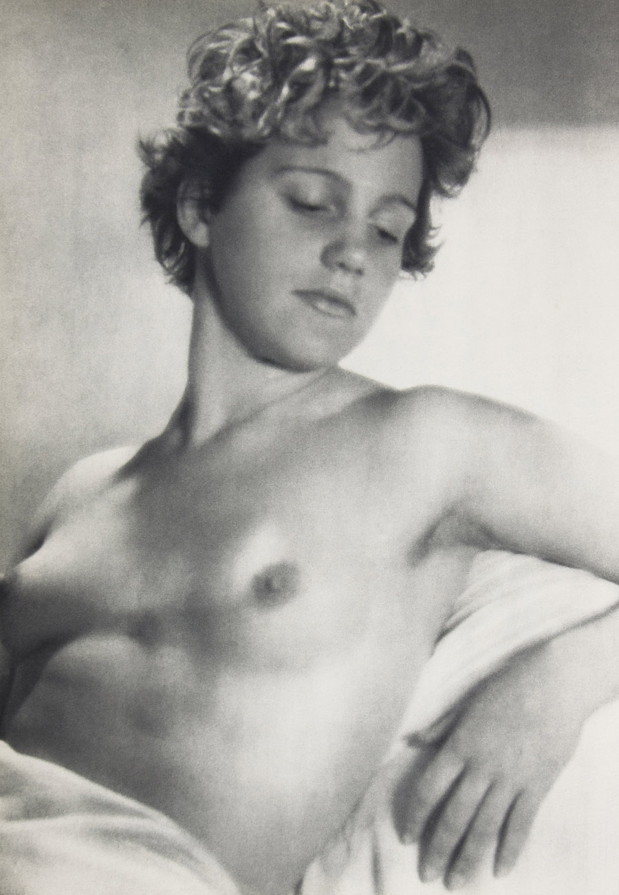 nude Francis white