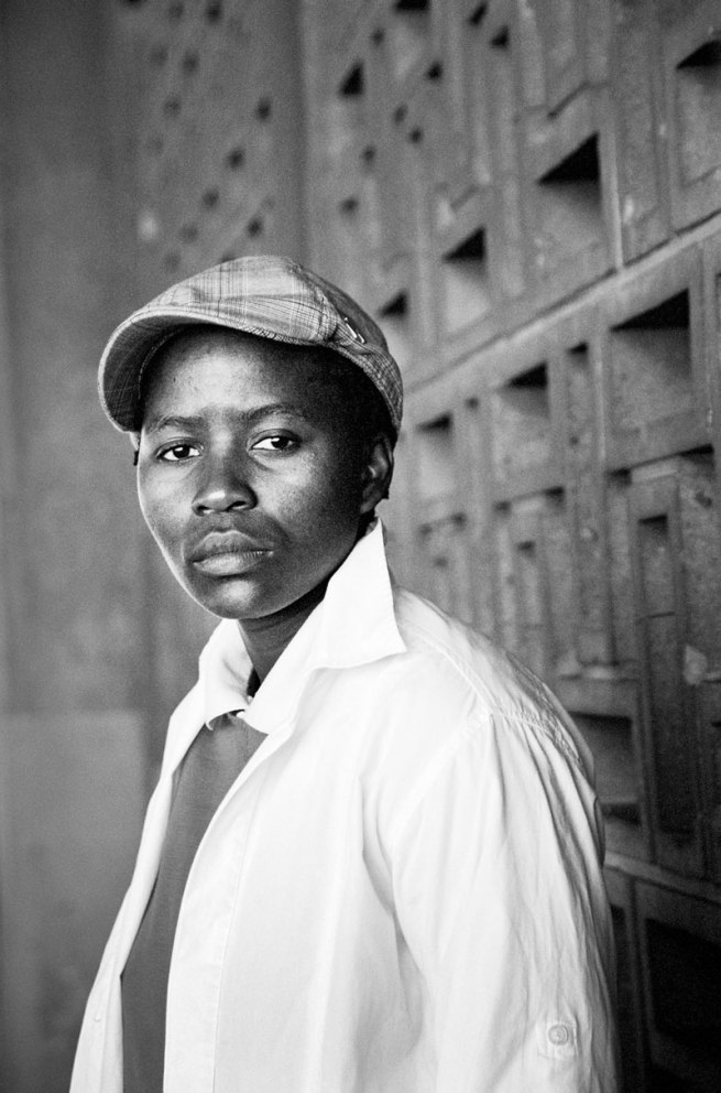 Zanele Muholi. 'Amogelang Senokwane, District Six, Cape Town' 2009
