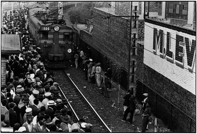 Ernest Cole (1940-1990) 'Africans throng Johannesburg station platform during late afternoon rush' 1960-1966