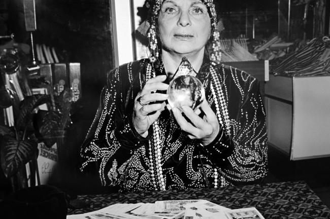 Polixeni Papapetrou(Australian, 1960-2018) 'Fortune teller'1989 (detail)