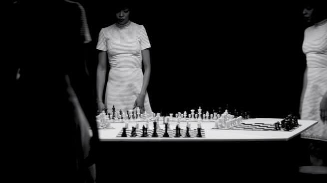 Lorna Simpson. 'Chess [Échecs]' 2013
