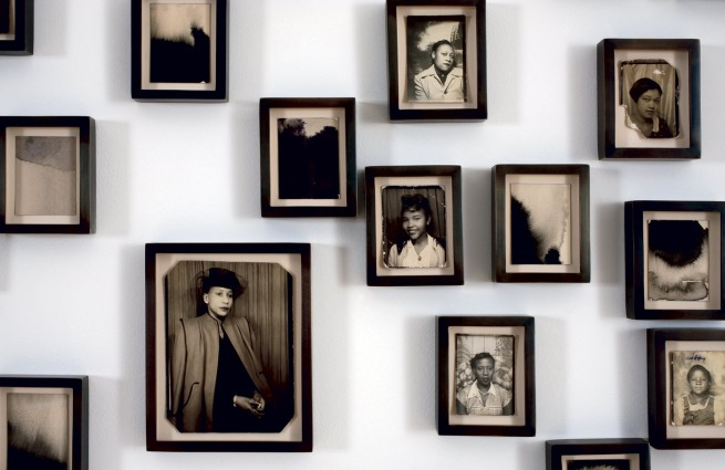 Lorna Simpson. 'Please remind me of who I am' (detail) 2009