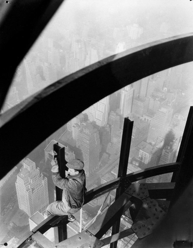 Lewis Hine. '[Man on girders, Empire State Building]' c. 1931
