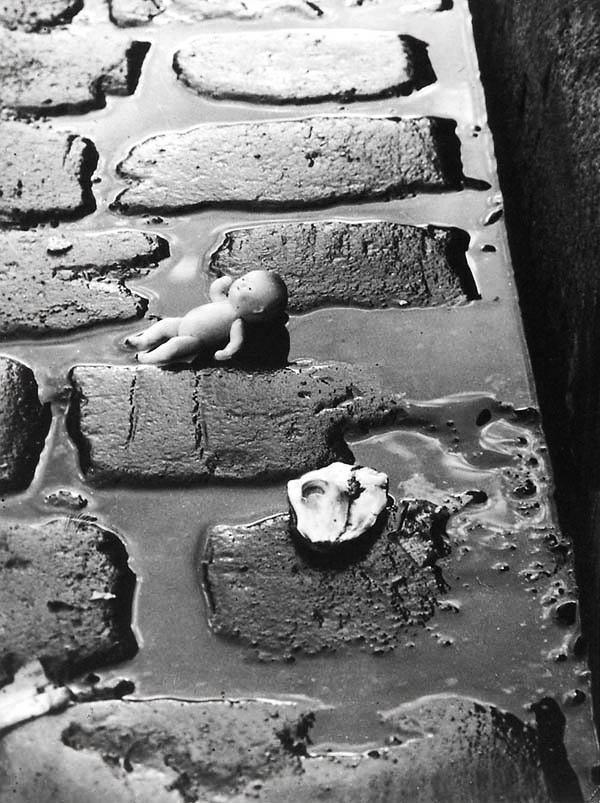 Otto Wols (Alfred Otto Wolfgang Schulze) (German, 1913-1951) 'Po Pol' 1935