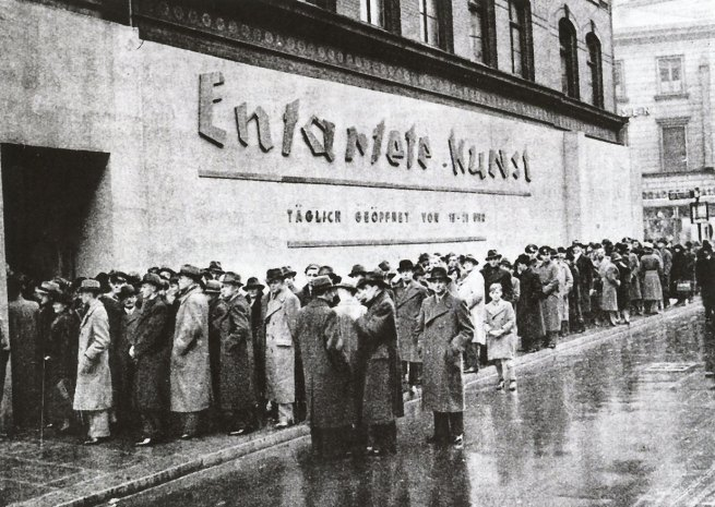 Anonymous. 'Crowds lined up to visit Entartete Kunst (Degenerate Art), Schulausstellungsgebaude, Hamburg' November - December 1938
