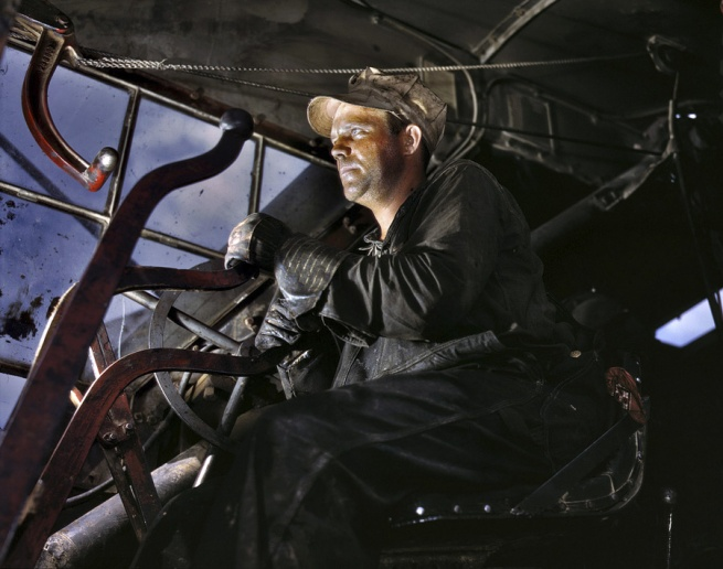 Alfred Palmer. 'Crane operator at Tennessee Valley Authority's Douglas Dam' June 1942