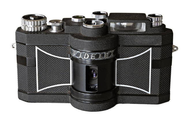 View of the Widelux F7 camera