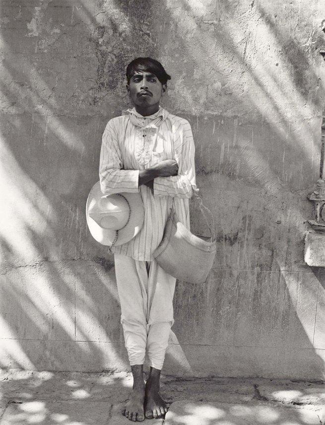 Manuel Álvarez Bravo. 'Señor de Papantla / Man from Papantla' 1934