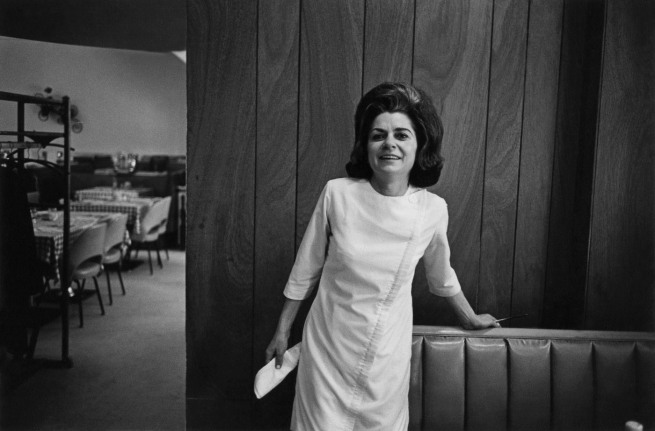 Enrico Natali. 'Waitress in an empty restaurant, Detroit, 1968' 1968