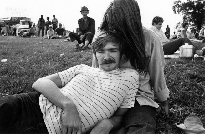 Enrico Natali. 'Couple picnicking, Detroit, 1968' 1968