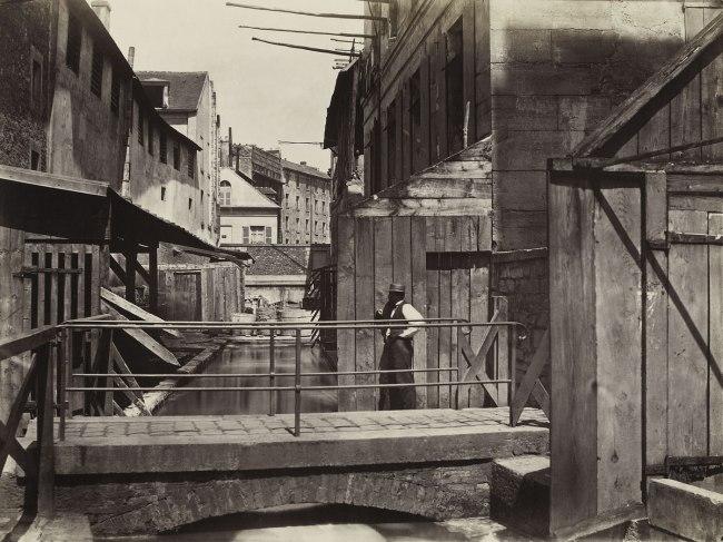 Charles Marville. 'Bords de la Bièvre (au bas de la rue des Gobelins) (Banks of the Bièvre River at the Bottom of the rue des Gobelins) (fifth arrondissement)' c. 1862