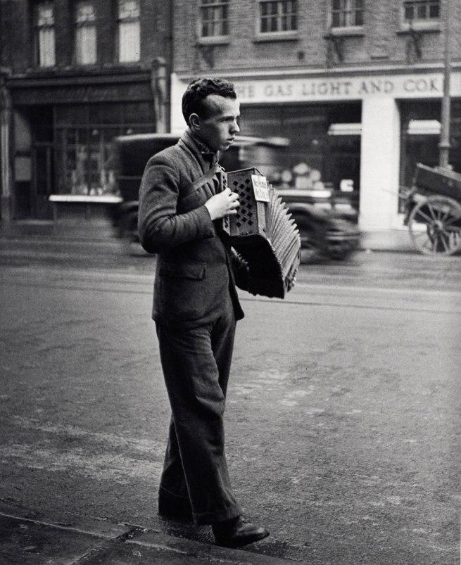 "Edith Tudor-Hart. '""No Home, No Dole"" London' about 1931"