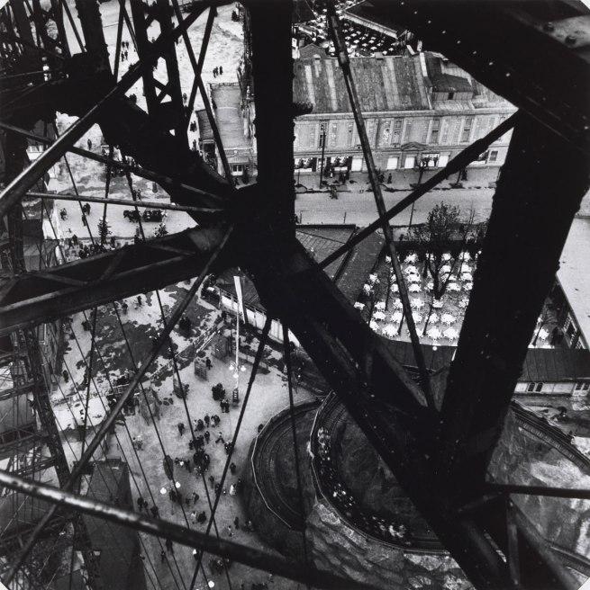 Edith Tudor-Hart. 'Prater Ferris Wheel, Vienna' 1931