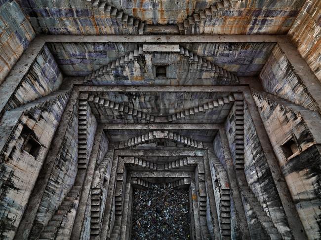 Edward Burtynsky. 'Stepwell #4, Sagar Kund Baori, Bundi, Rajasthan, India' 2010