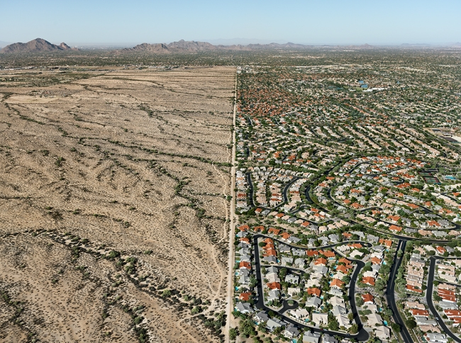 Edward Burtynsky. 'Navajo Reservation / Suburb, Phoenix, Arizona, USA' 2011
