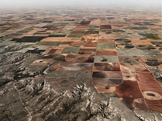 Edward Burtynsky. 'Pivot Irrigation #11, High Plains, Texas Panhandle, USA' 2011