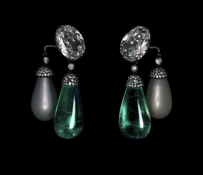 JAR. 'Earrings' 2011
