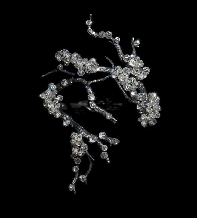 JAR. 'Bracelet' 2010