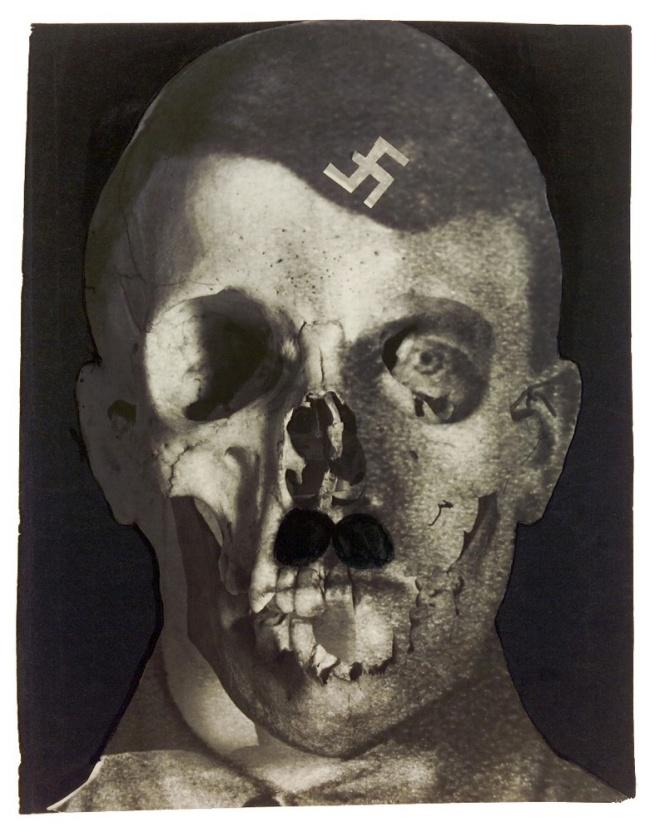 Erwin Blumenfeld. 'Grauenfresse / Hitler, Holland, 1933' 1933