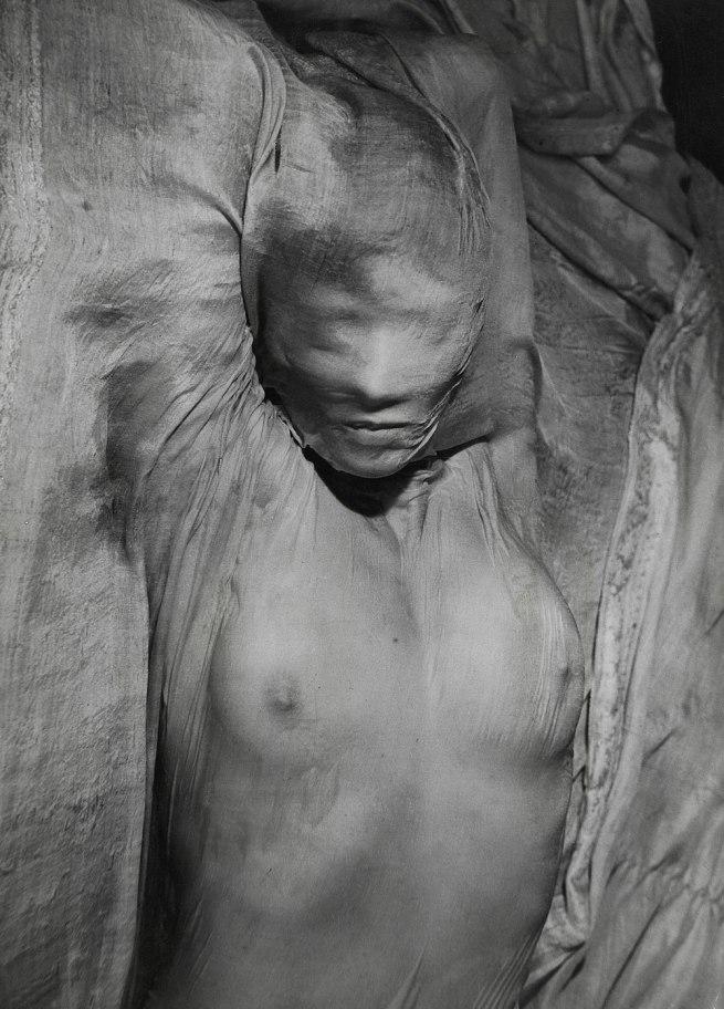 Erwin Blumenfeld. 'Voile mouillé' [Wet veil] Paris, 1937