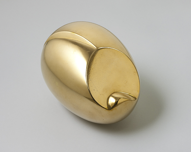 Constantin Brancusi. 'The Newborn'. Version I 1920 (close to the marble of 1915)