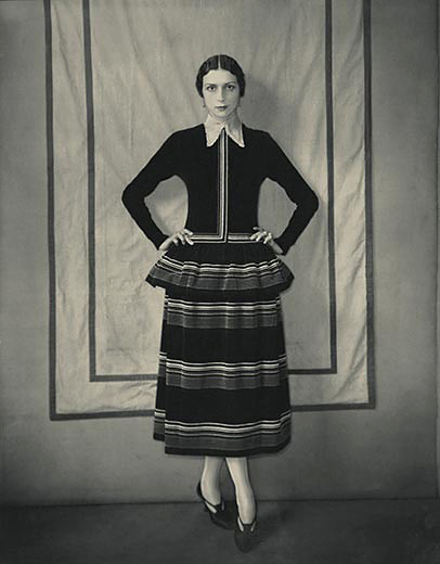 model-dinarzade-in-a-dress-by-poiret-edward-steichen