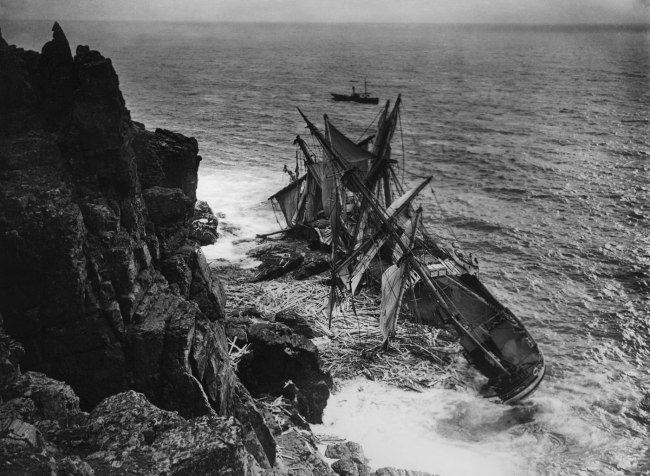 The Gibsons of Scilly. 'The Hansy' 1911