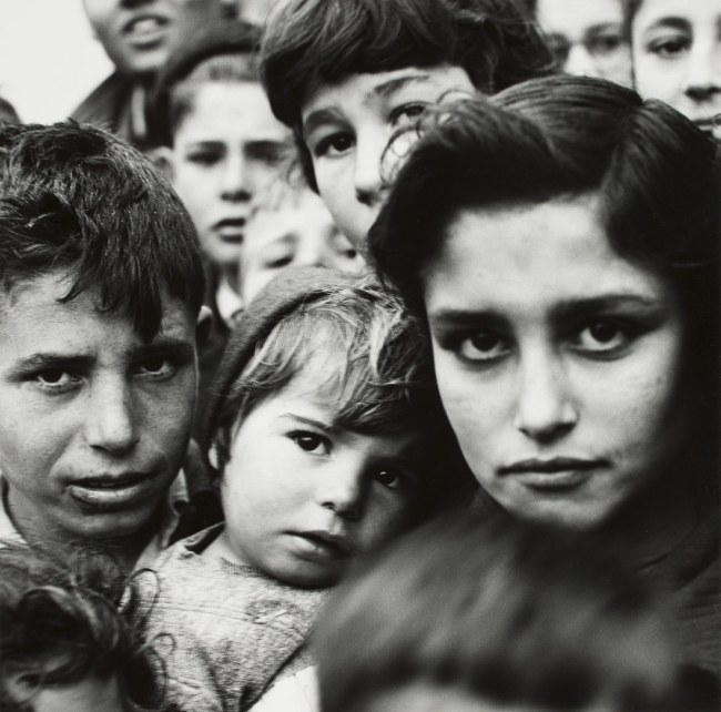 Hermann Landshoff. 'Children in a Spanish village' 1957