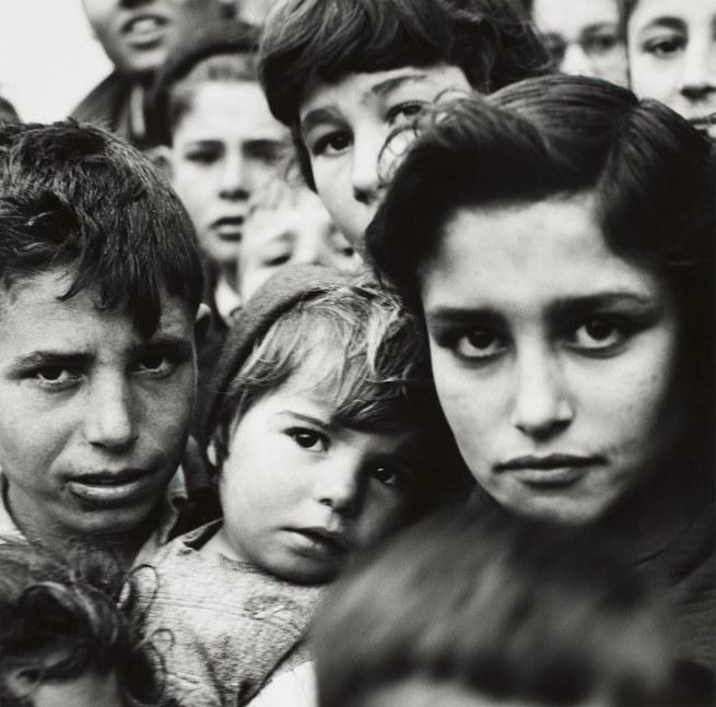 Hermann Landshoff. 'Children in a Spanish village' 1957