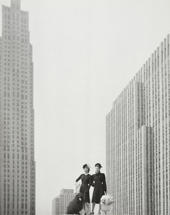 Hermann Landshoff. 'On the roof of Saks Fifth Avenue Building, New York, 1942' 1942