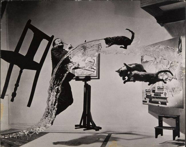 Philippe Halsman. 'Dalí Atomicus' 1948