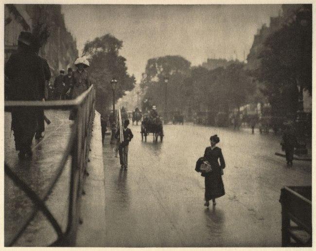 Alfred Stieglitz (American, Hoboken, New Jersey 1864–1946 New York) 'A Snapshot, Paris' 1911, printed 1912