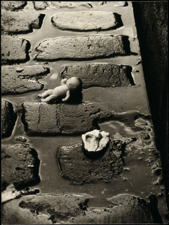 Wols. 'Pepona doll on the cobbles' 1938-39