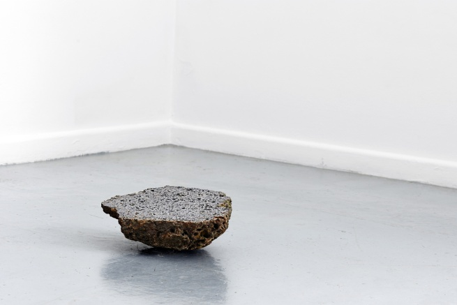 Installation view of 'Standing Stone' by Catherine Evans at BLINDSIDE, Melbourne (detail) 2014