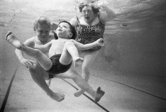 Rennie Ellis. 'My son Josh learns to swim' 1972