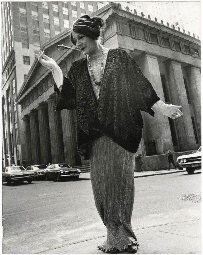 Bill Cunningham. 'Federal Hall (built c. 1842, costume c. 1910)' c. 1968-1976