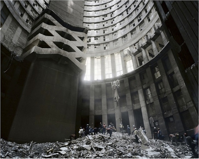 Mikhael Subotzky and Patrick Waterhouse. 'Cleaning the Core, Ponte City, Johannesburg' 2008