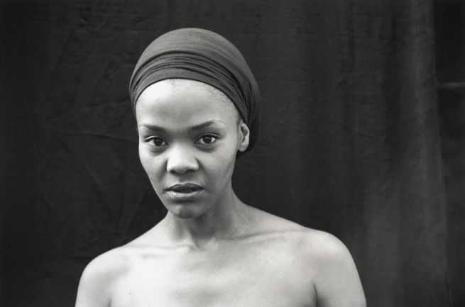 Zanele Muholi. 'Nomonde Mbusi, Berea, Johannesburg' 2007