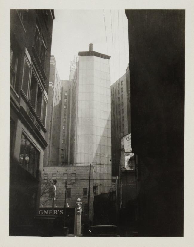 Knud Lonberg-Holm. 'Detroit, Rear Areaway' 1924