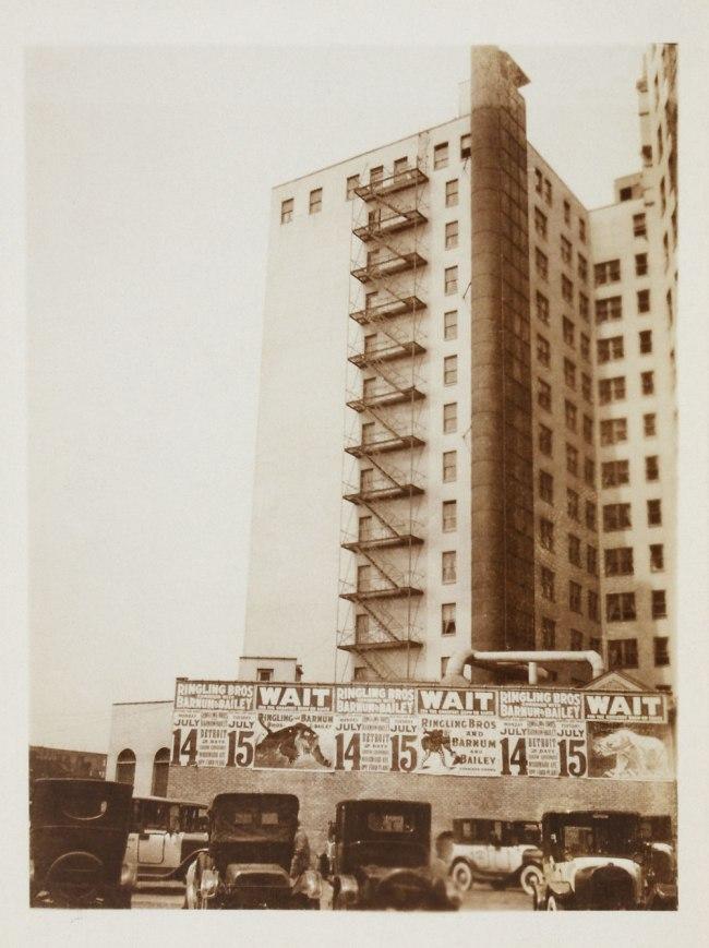 Knud Lonberg-Holm. 'Detroit, Rear Façade of a Hotel' 1924