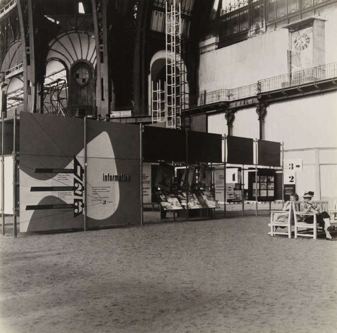 Knud Lonberg-Holm. 'Sweet's Display Exposition des Techniques Américianes de l'Habitation et de l'Ubranisme (Information 1, 2, 3)' Paris, Grand Palais, June 14-July 21, 1946