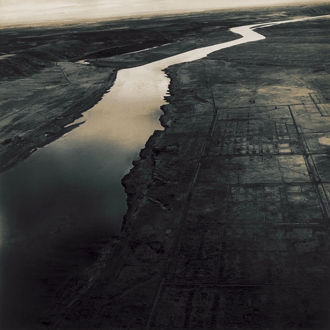 Emmet Gowin. 'Old Handford City Site and the Columbia River, Handford Nuclear Reservation, near Richland (Washington)' 1986
