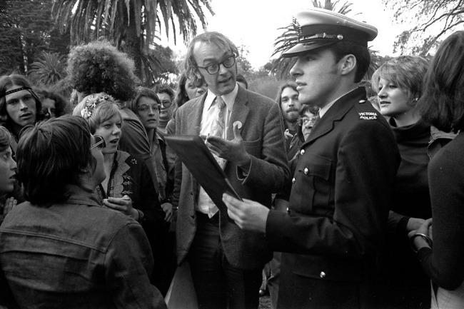 Rennie Ellis. 'Confrontation, Gay Pride Week Picnic, Botanical Gardens' 1973