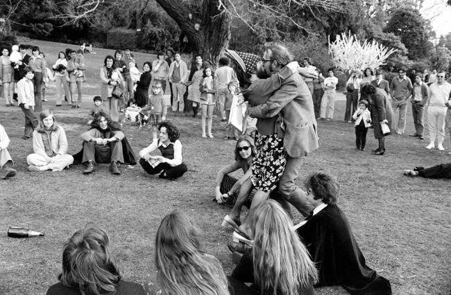 Rennie Ellis The Kiss, Gay Pride Week, Melbourne 1973