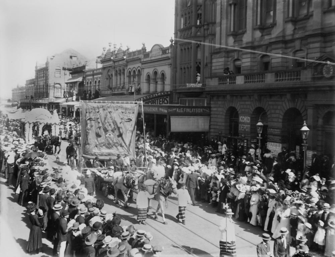 Photographer unknown. 'Eight Hour Day parade in Brisbane' 1912