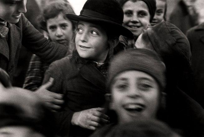Roman Vishniac. '[Jewish schoolchildren, Mukacevo]' c. 1935-38