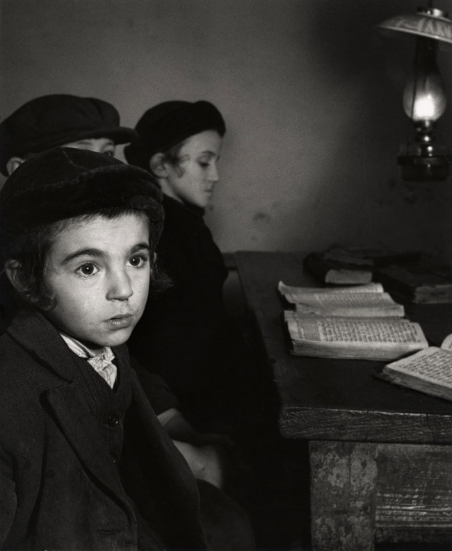 Roman Vishniac. '[David Eckstein, seven years old, and classmates in cheder (Jewish elementary school), Brod]' c. 1935-38