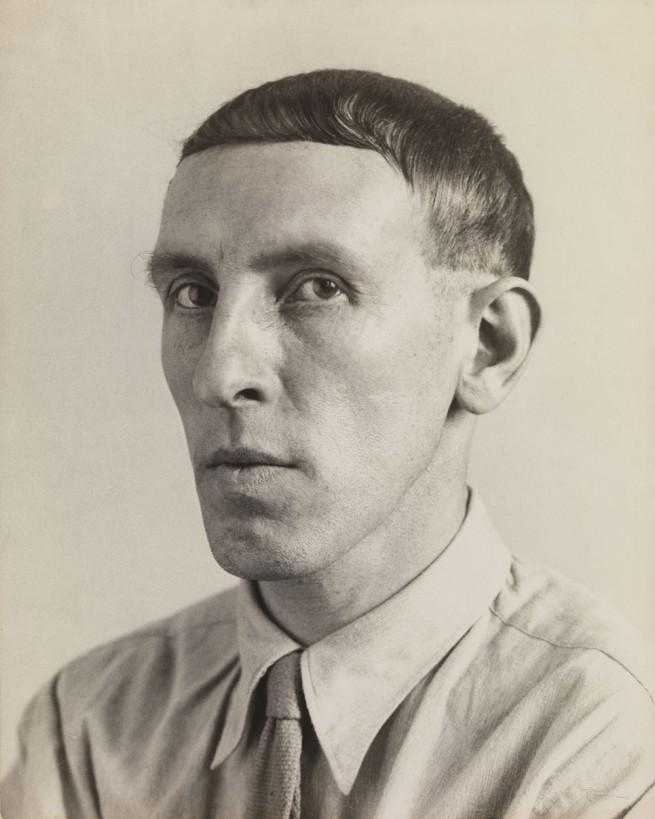 August Sander. 'Painter [Heinrich Hoerle]' 1928